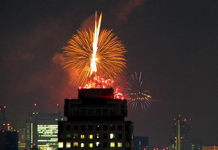 0808-Bay Fireworks1-450
