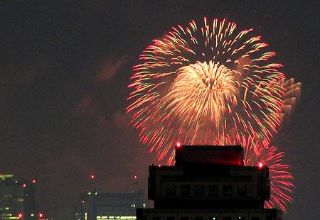 0808-Bay Fireworks2-450