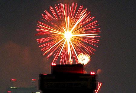 0808-Bay Fireworks4-450